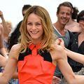 Le flashmob d'Audrey Dana sur le parvis du Trocadéro