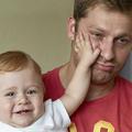 À la naissance de leur bébé, 10% des pères dépriment