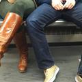 Les Turques demandent aux hommes d'arrêter d'écarter les jambes dans le métro