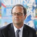 """Les nouvelles lunettes de Hollande : """"Un signe de reconquête politique"""""""