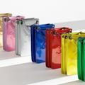 La pochette pour iPhone de Chanel : petite folie à maxi prix