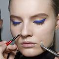 Un make-up vitaminé avec les couleurs néon