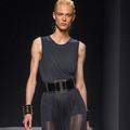 La Fashion Week parisienne fait l'éloge d'une femme sensuelle et sportive