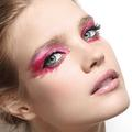 Etam lance sa première collection de make-up, sexy et colorée