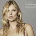 Kate Moss se mobilise contre le cancer du sein