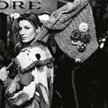 Gisele Bündchen joue la Parisienne pour Chanel