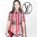 Jennifer Connelly, égérie sixties de Louis Vuitton