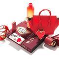 Mode, accessoires, beaux livres.. Des cadeaux pour elle et lui