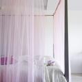 Bleu, blanc, gris : la couleur de votre chambre influence votre humeur