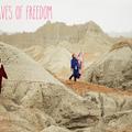 Trois jeunes femmes veulent convertir les Iraniennes au surf