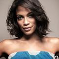Rosario Dawson en charge d'une collection capsule ethnique pour Yoox.com