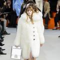 Louis Vuitton offre une collection élégante qui touche juste