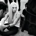 """Donatella Versace : """"Avec les hommes, je suis très exigeante"""""""