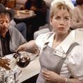 Pour Hollywood, les femmes sont infirmières, serveuses ou secrétaires