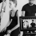 Dans les coulisses d'un shooting Yves Saint Laurent Beauté