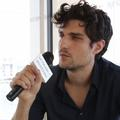"La minute people : Louis Garrel fait la promo du ""Viazac"""