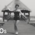 De la tenue de bain au bikini: 125 ans d'histoire en moins de 2 minutes