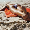 Comment avoir l'air d'une déesse sur sa serviette de plage