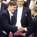 Un prix Nobel démissionne après le tollé provoqué par ses déclarations sexistes