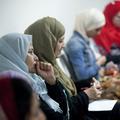 Pourquoi les musulmanes portent-elles de plus en plus le voile ?
