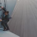 Sans doublure, Tom Cruise décolle accroché à la porte d'un avion