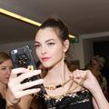 Le retour en grâce du selfie dans le petit monde de la mode