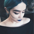 Sur Instagram, les punks iraniennes ôtent le voile