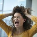 Pourquoi certaines femmes font leur crise d'ado après 30 ans ?