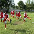 Au Bangladesh, une équipe de filles la joue comme Beckham
