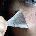 """""""Freck Yourself"""" : le kit pour des taches de rousseur plus vraies que nature"""