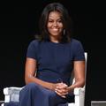 """Au Moyen-Orient, Michelle Obama dénonce les """"croyances culturelles"""" qui réduisent les femmes au silence"""