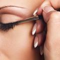 Conseil maquillage : bien appliquer mon crayon khôl