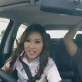 Pour Mitsubishi, une pilote offre une séance de conduite musclée à ces messieurs