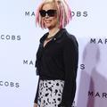 La réalisatrice Lana Wachowski pose pour Marc Jacobs