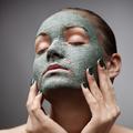 Recettes de soins visage faits maison pour peau grasse