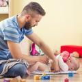 Seulement 4% des pères français prennent un congé parental
