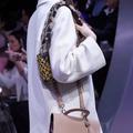Le défilé Dior en cinq détails