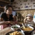 Le repas de famille, une coutume universelle même dans les zones de conflits