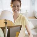 Ménage de printemps : 26% des Françaises en profitent pour revendre les affaires de leur ex