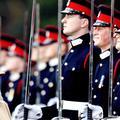 """Pour le prince Harry, sa grand-mère Elizabeth II est d'abord le """"boss"""""""