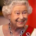 Quel est l'accessoire préféré de la reine Elizabeth II ?
