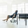 Fatigue au travail : les 5 pratiques qui nous épuisent encore plus