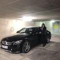 Dans le Uber de Rachida, femme chauffeur privé