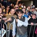 Johnny Depp bloqué dans un Eurostar en gare de Calais-Fréthun