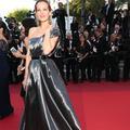 Première chute sur le tapis rouge du Festival de Cannes 2016