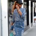 Pourquoi il ne faut pas céder au retour de la jupe en jean