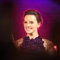 """Daisy Ridley : l'héroïne de """"Star Wars"""" raconte son combat contre la maladie"""