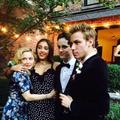 Les enfants de stars prennent la pose à leur bal de promo