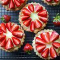 Saint-Honoré, pavlova, cheesecake... Des pâtisseries maison réalisées par vos voisins