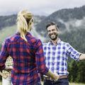 Vacances : que faire quand on croise un collègue de travail par surprise